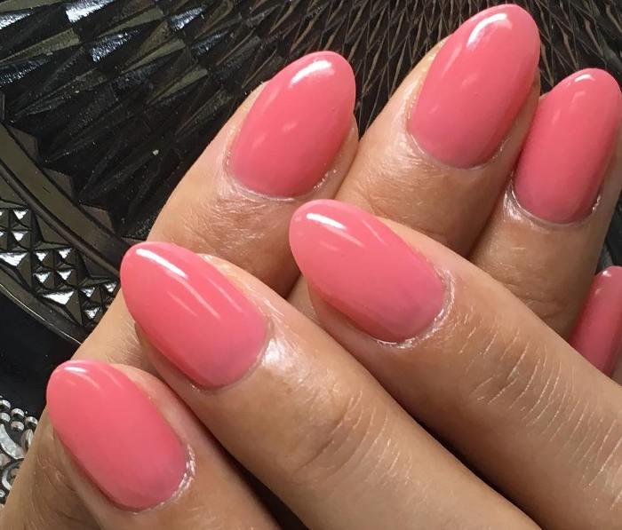 ピンク系ワンカラーネイル