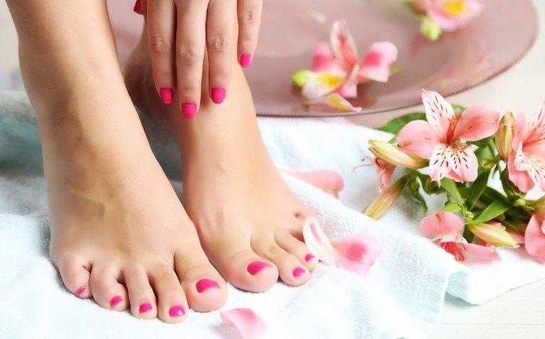 足の爪のケア