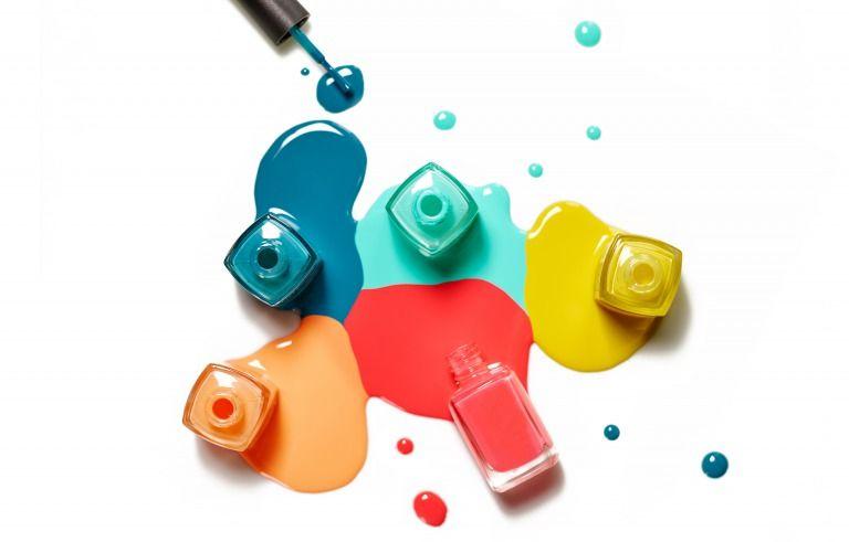 色素沈着 しやすいネイルカラー