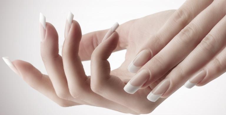 綺麗な爪の形